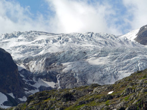 Gletscherspalten_web_R_B_by_Erich Westendarp_pixelio.de