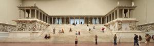 Lestat (Jan Mehlich)-Berlin_-_Pergamonmuseum_-_Altar_01